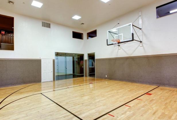 AMLI-Knox-Henderson-Basketball