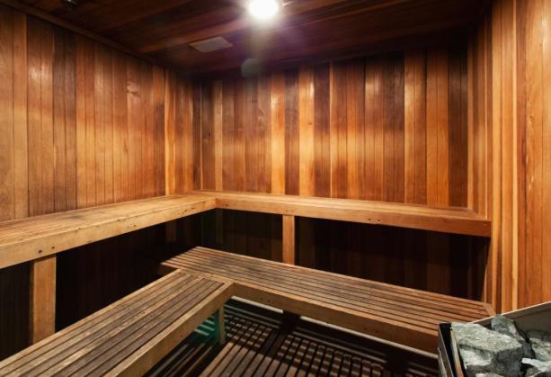 AMLI-Knox-Henderson-Sauna