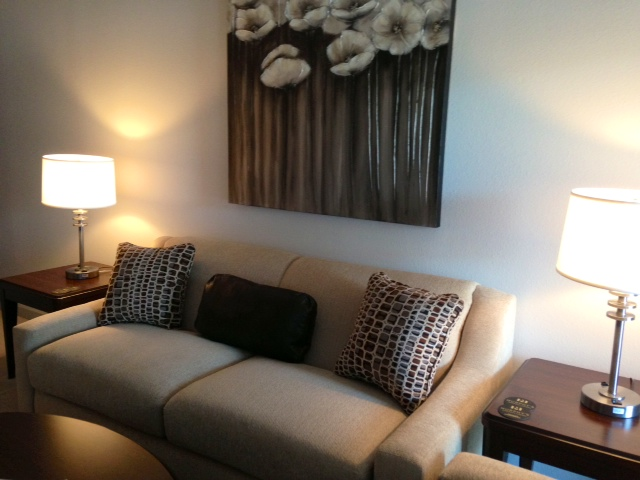 AQR-4110-living-room