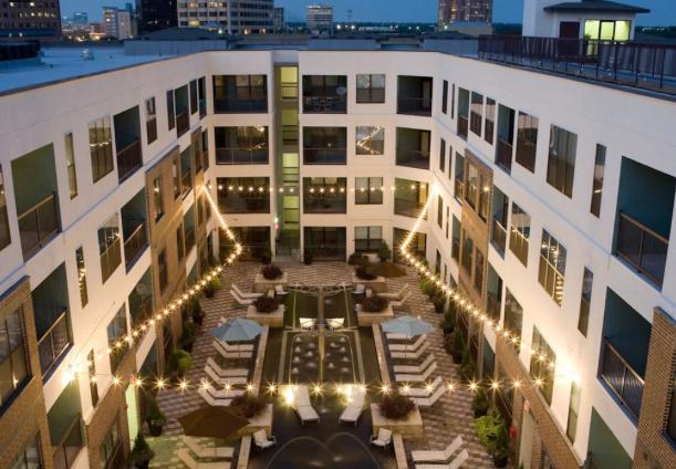 Amli Quadrangle Corporate Apartments In Uptown Dallas 75204