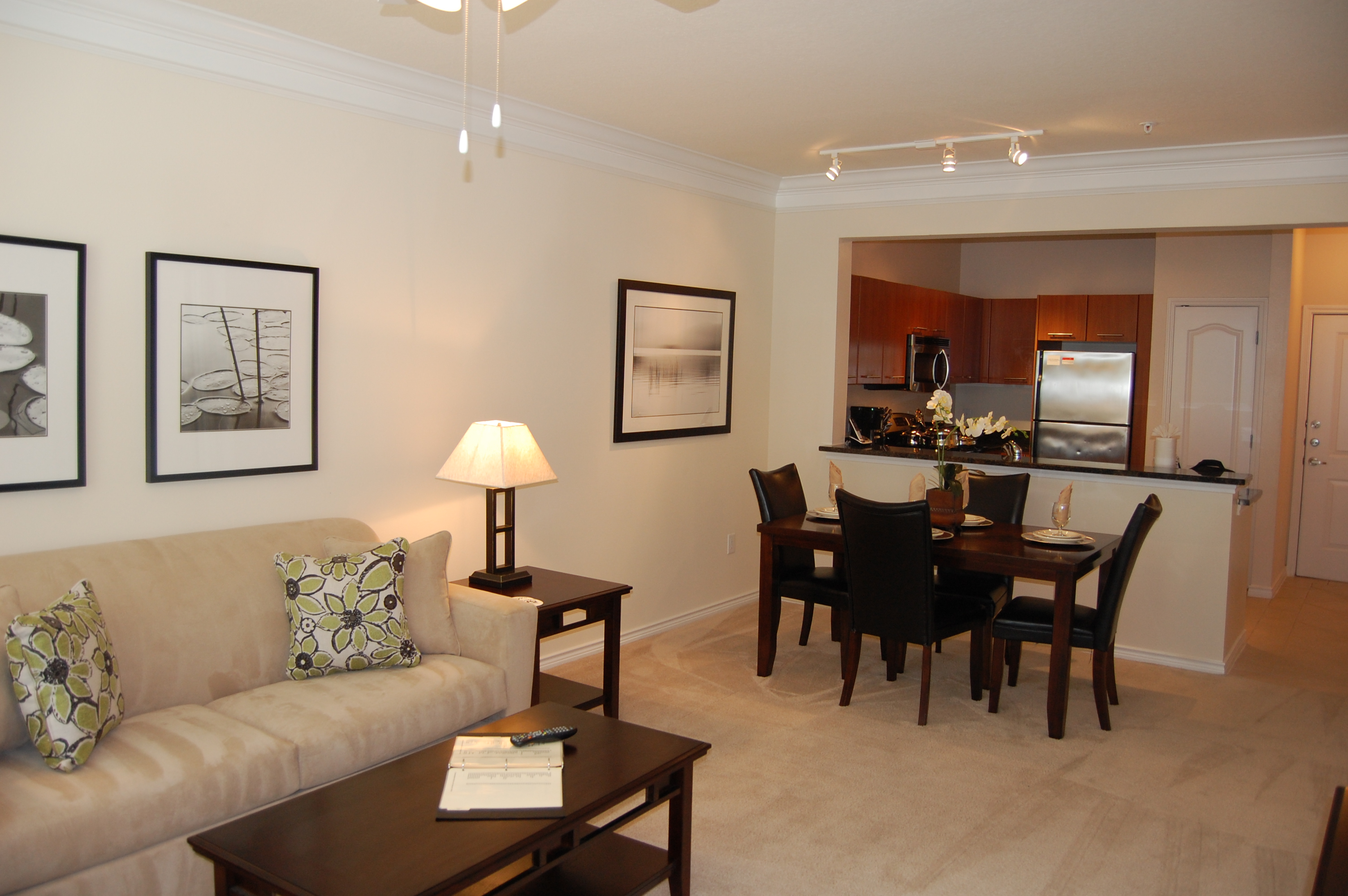 The Amalfi At Hermann Park Corporate Furnished Apartments