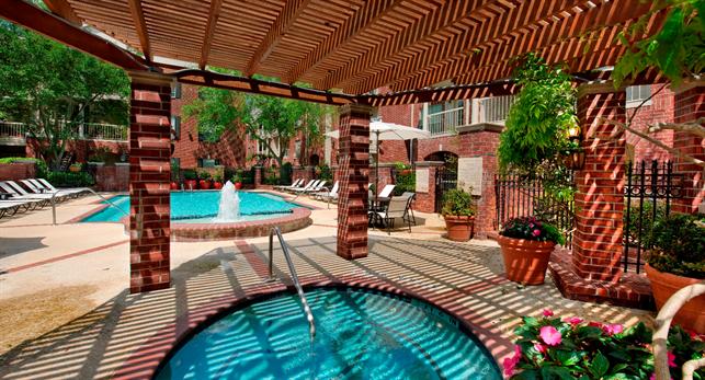 Belmont-Pool