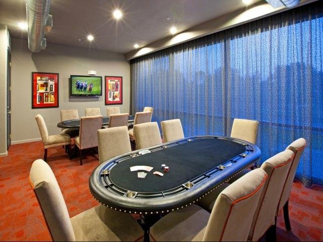 Briar-Forest-Lofts-Poker-Room