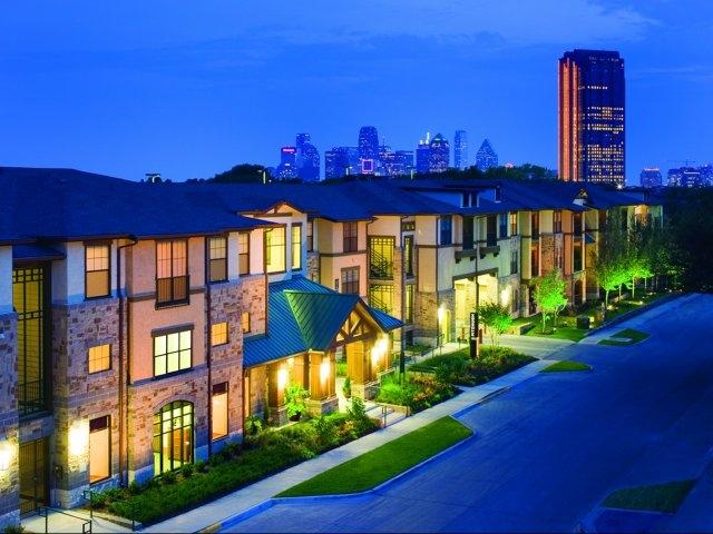 Fitzhugh Urban Flats In Uptown Dallas Offer Furnished