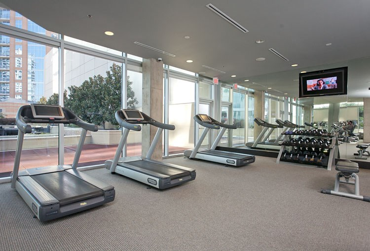Glass-House-Dallas-Fitness