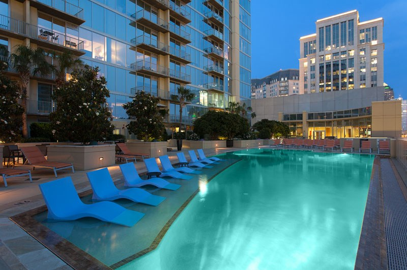 Glass-House-Dallas-Pool