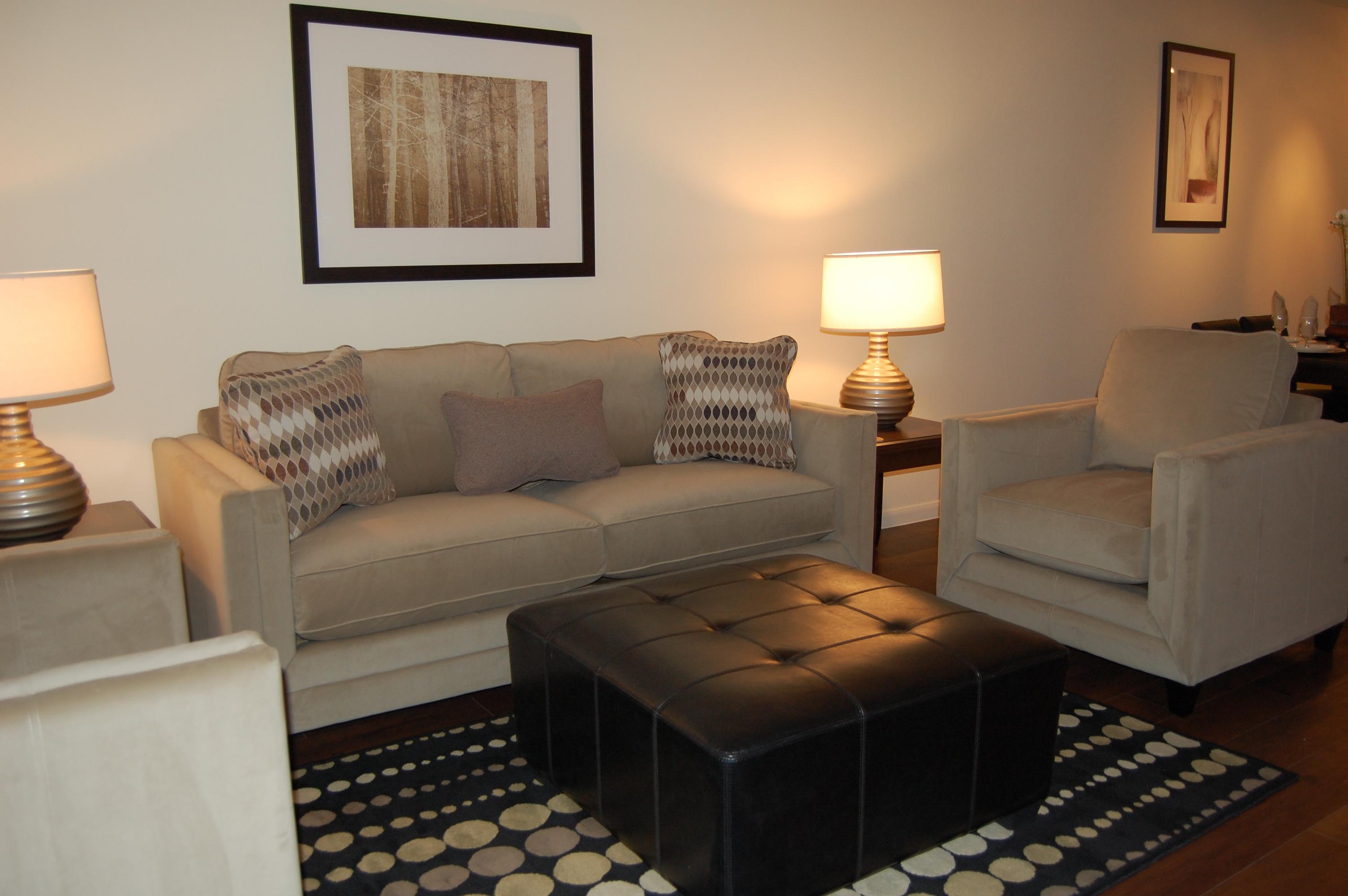 Lofts-at-City-Centre-living-room