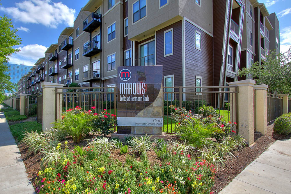 Lofts In The Woodlands