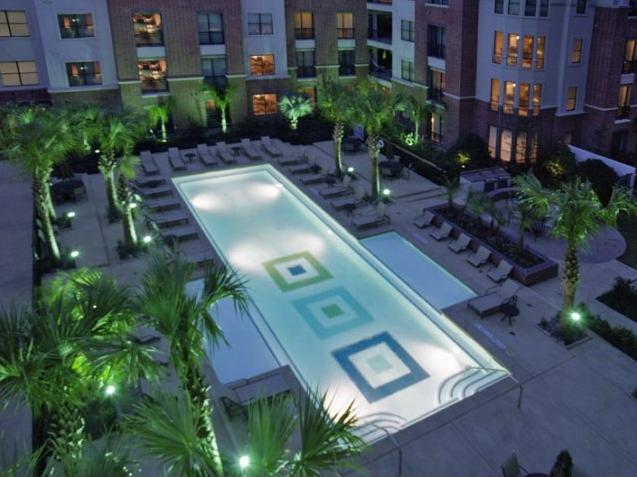 Metropole-Pool