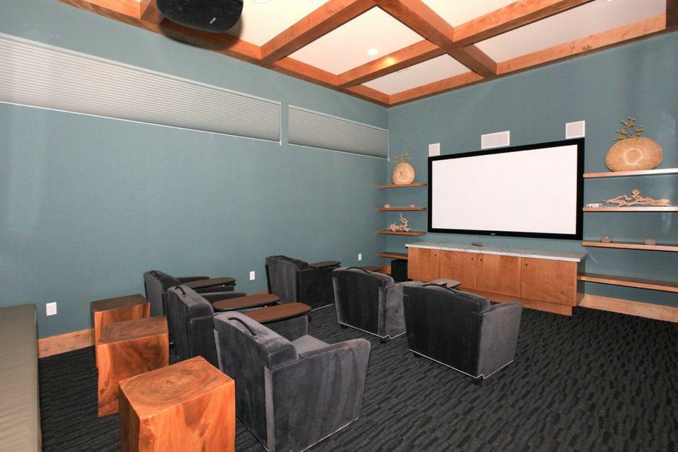 Pradera-Media-Room