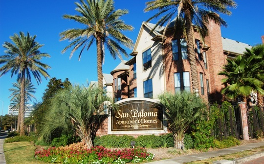 San Paloma Entrance; 53a9e595d4936368 ...