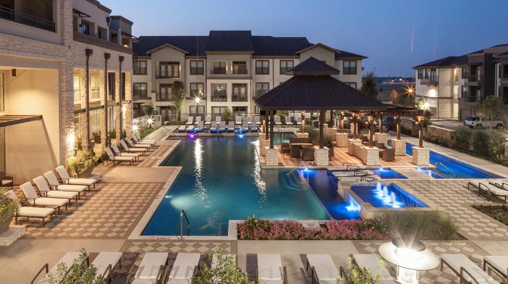 Brazos Apartments Plano Tx
