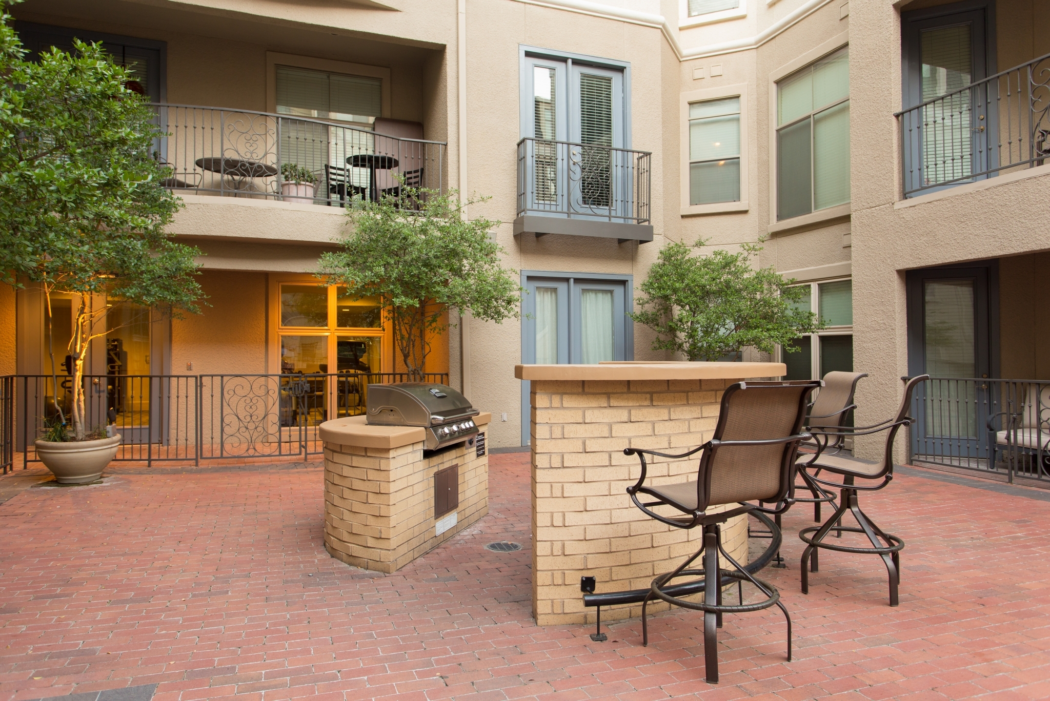 Trianon Windsor Apartments In Uptown Dallas Short Term