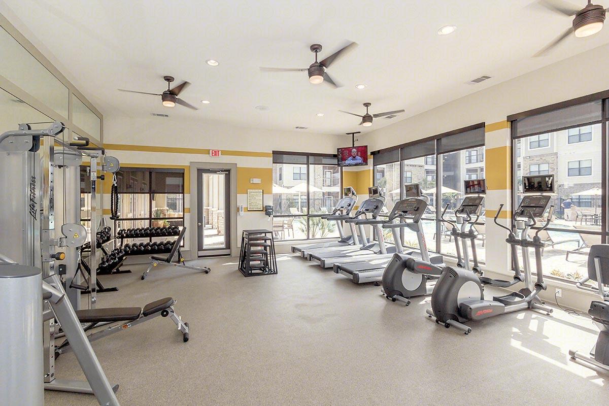 fitness-center-6