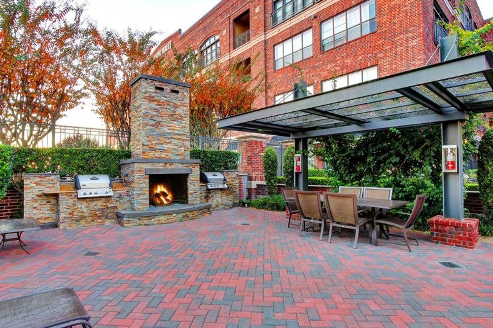 sabine-outside_fireplace