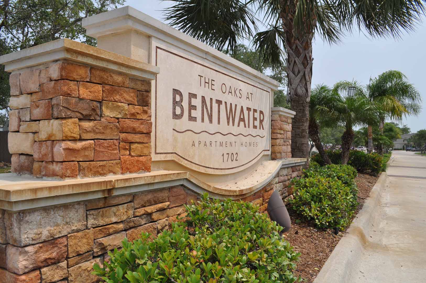 The Oaks At Bentwater Furnished Corporate Apartments
